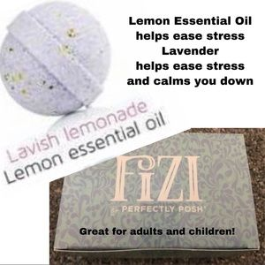 Lavish Lemonade Perfectly Posh Bath Bombs